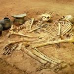 اجساد مرد و زن؛ متعلق به عصر حجر